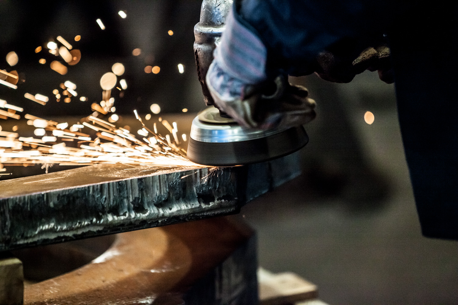 grinding steel cut outs